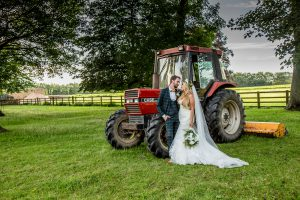bride-groom-tractor